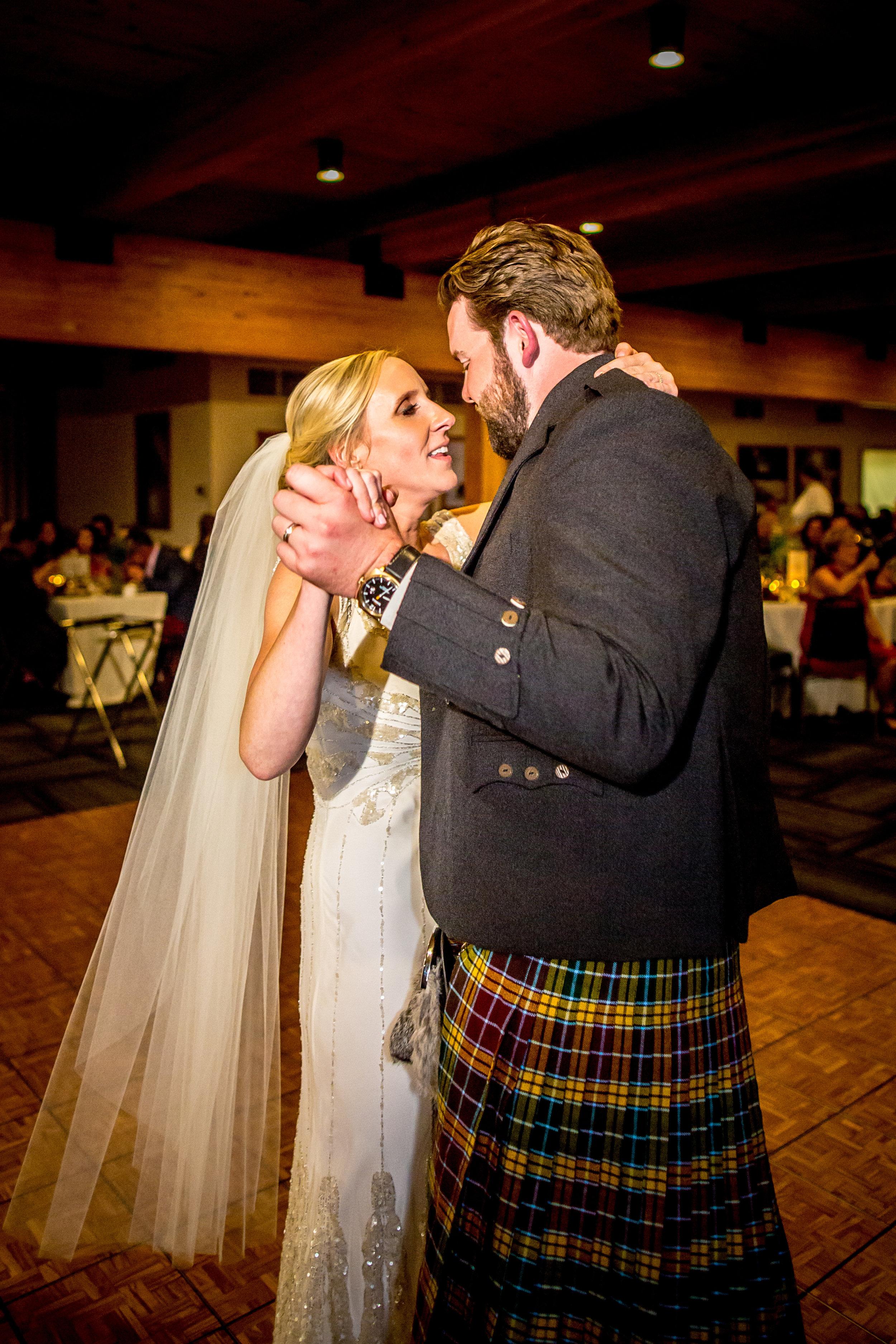 Alex&Erin 1062.jpg