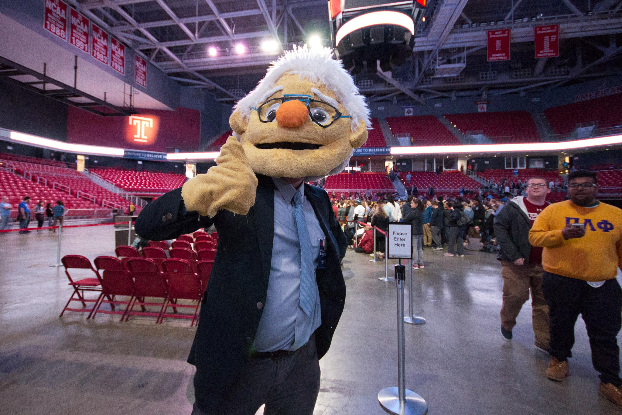 Bernie-Sanders-Philadelphia-Jeremy-Jeziorski-2016-04-06-web-01.jpg