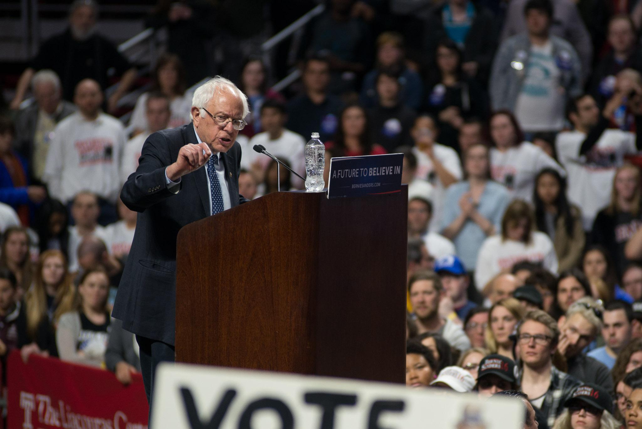 Bernie-Sanders-Philadelphia-Jeremy-Jeziorski-2016-04-06-web-35.jpg