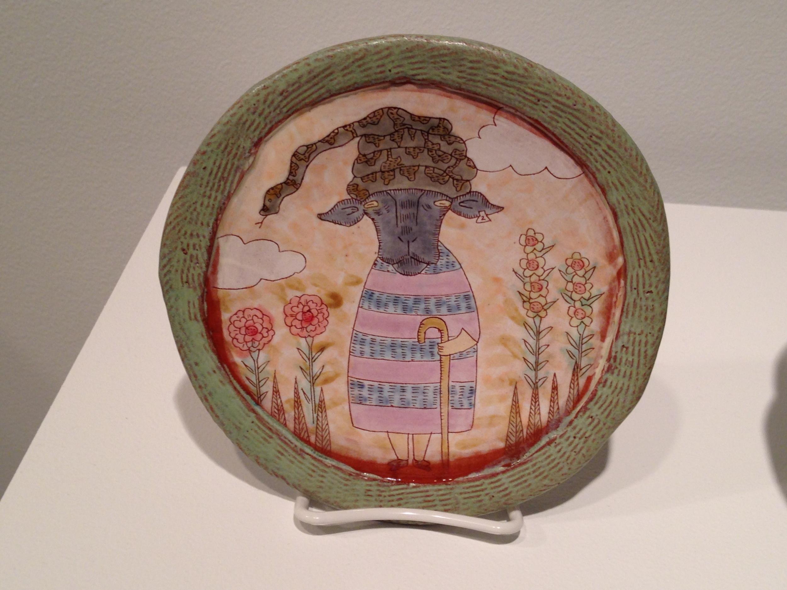 (Shoko Teruyama. Sheep plate, earthenware, slip and glazes, ca. 2014-2015)