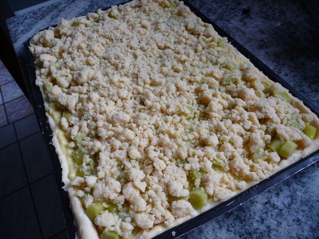 Rhabarberkuchen 1.jpg