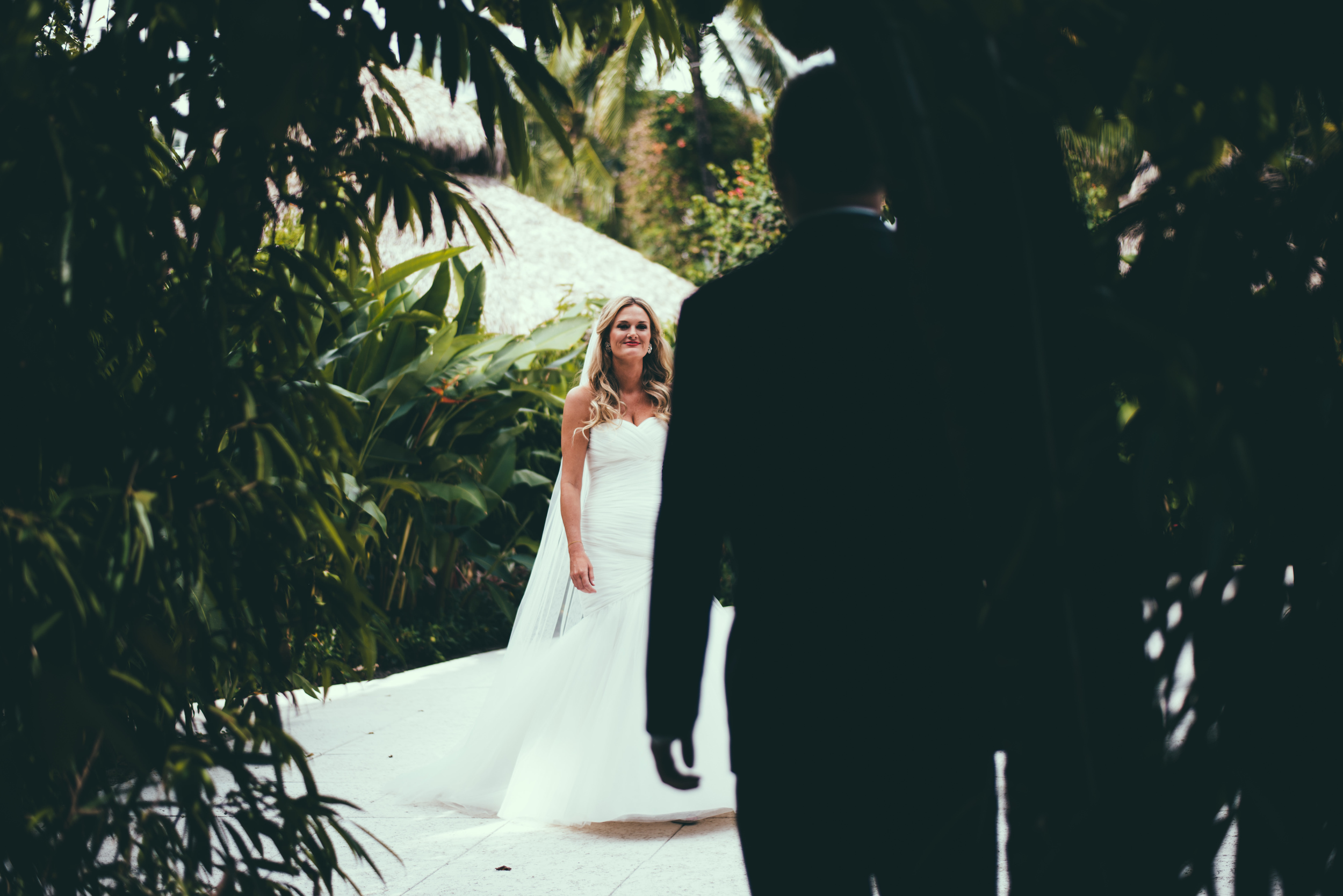 The Palms Hotel & Spa Wedding Miami Florida Photographer Bride walking down 3