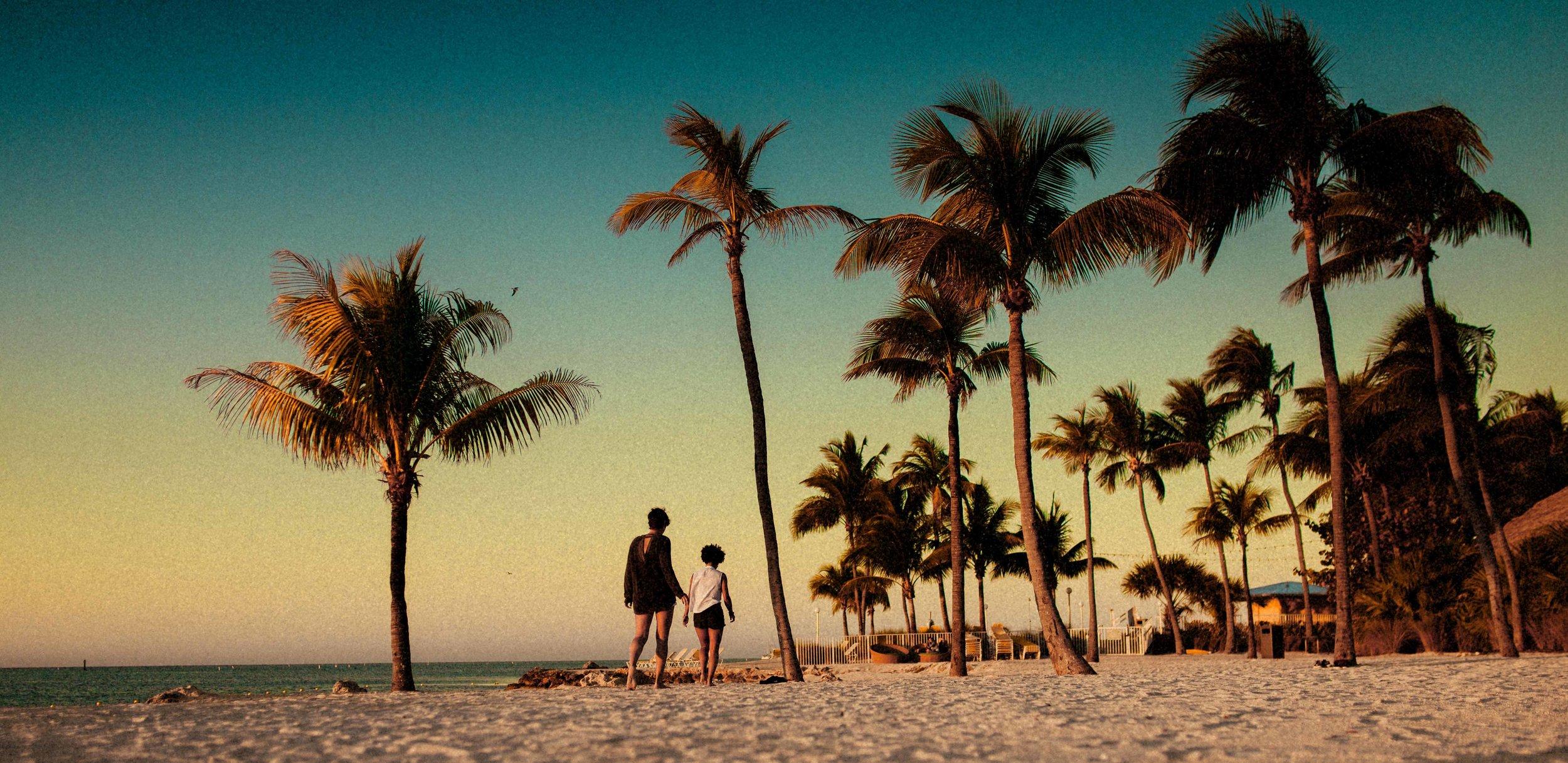 Islamorada Island Florida Keys Sunrise Couple Shoot