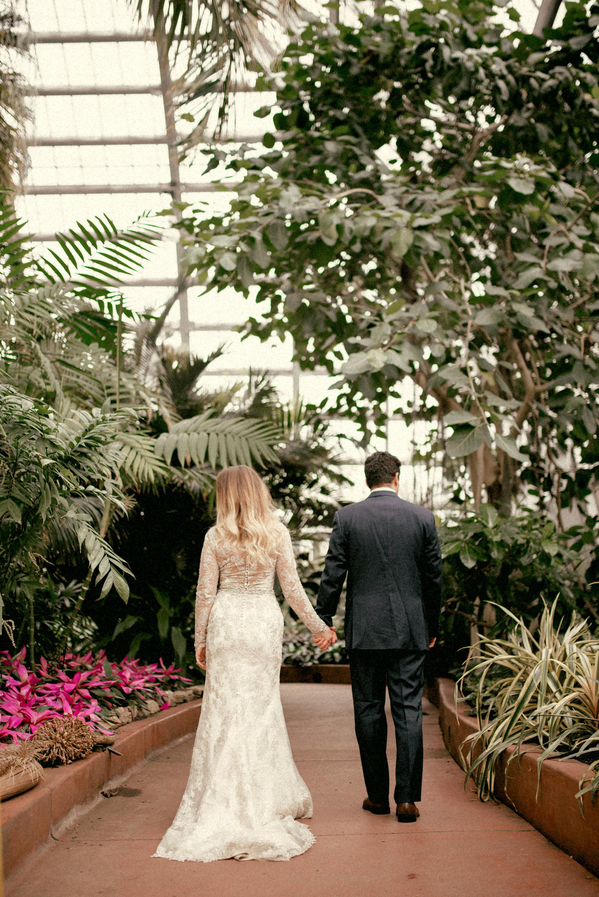 garfield park conservatory chicago wedding 07
