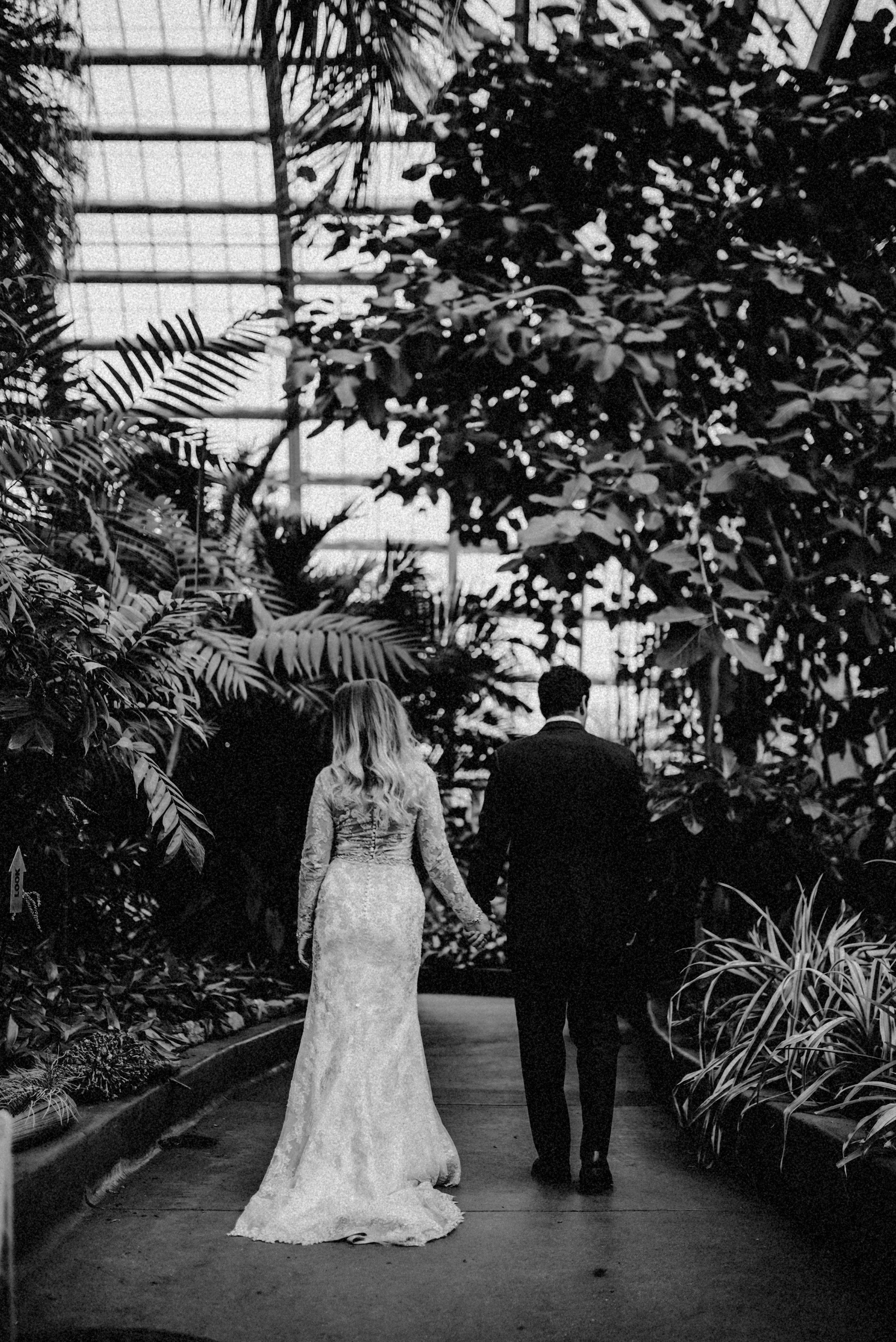 garfield park conservatory chicago wedding 08