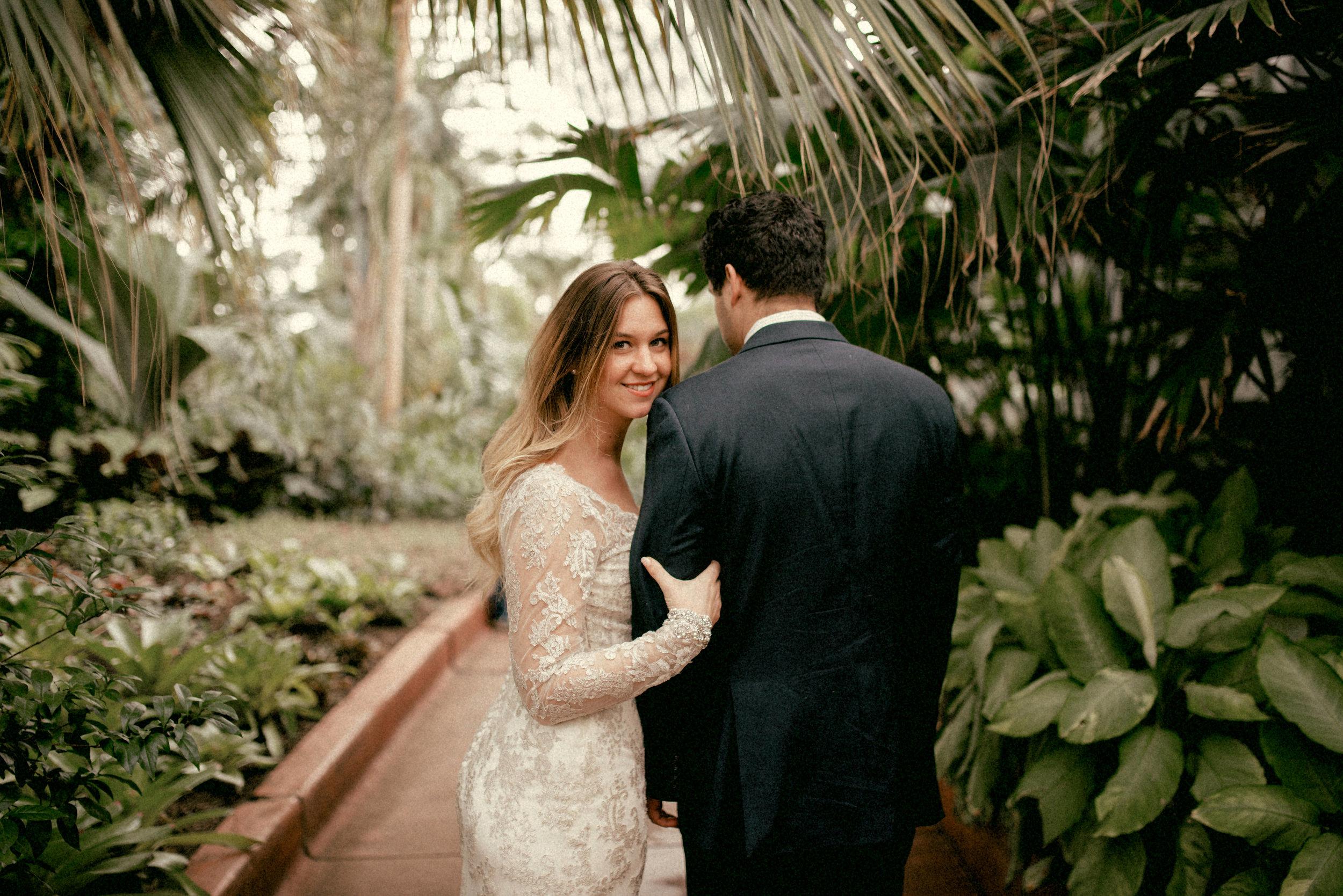 garfield park conservatory chicago wedding 09