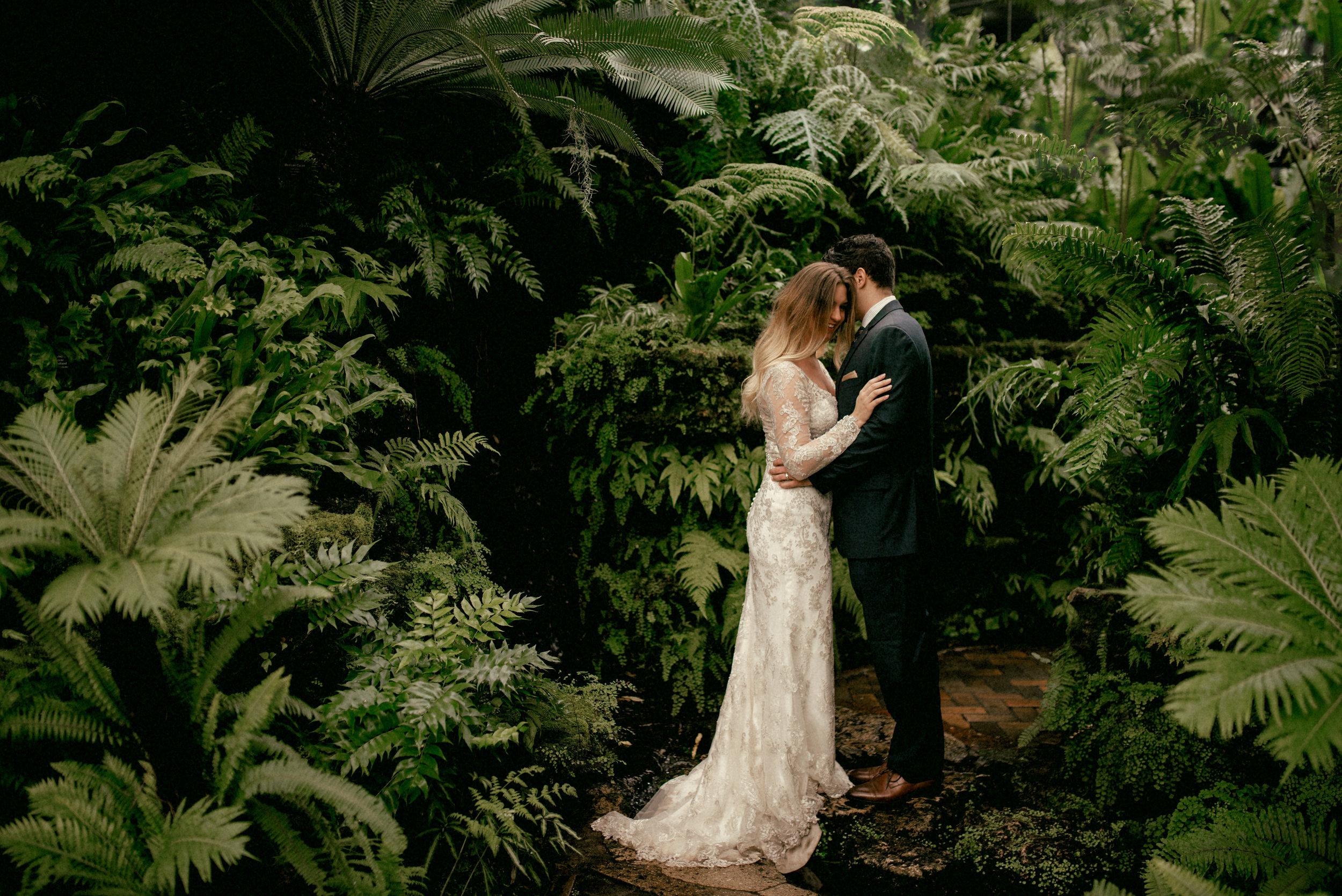 garfield park conservatory chicago wedding 15