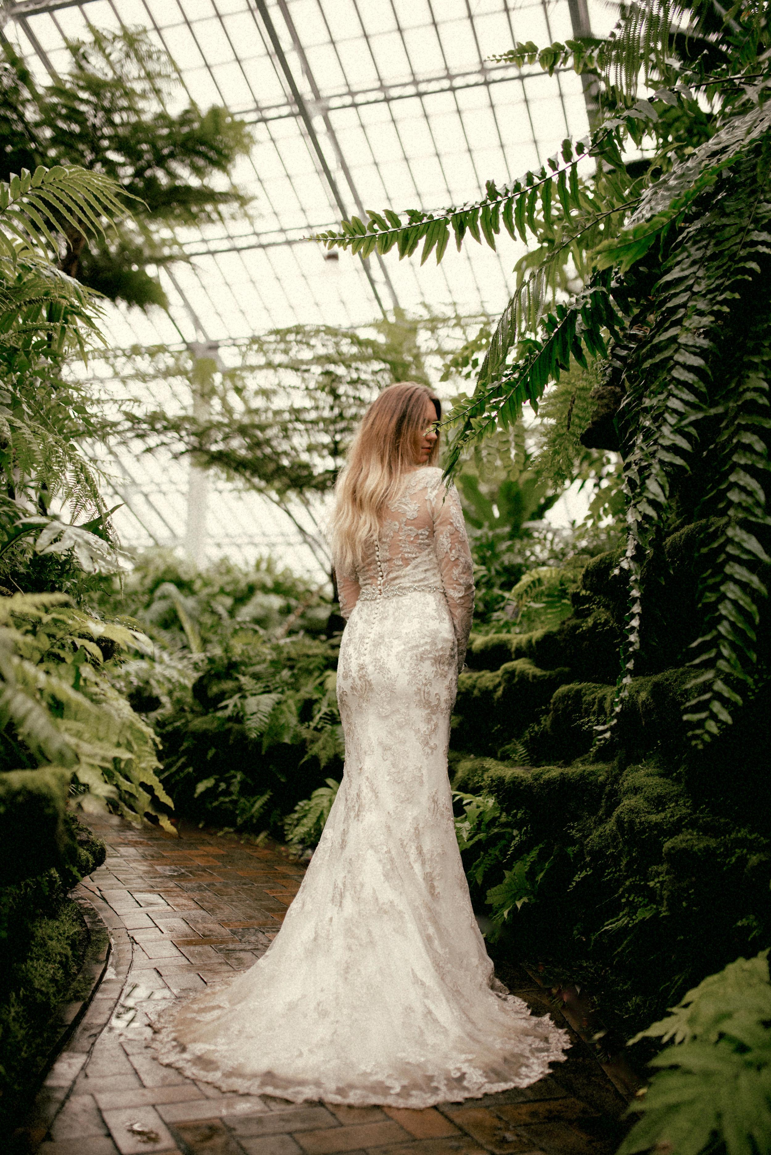 garfield park conservatory chicago wedding 27
