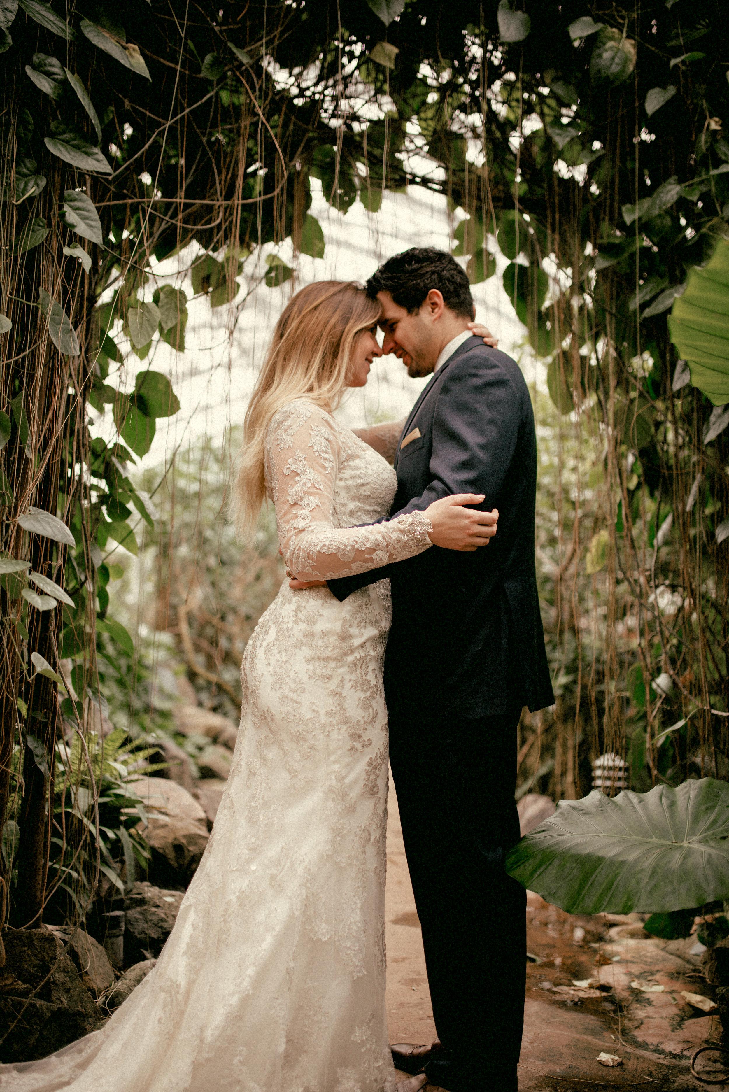 garfield park conservatory chicago wedding 28