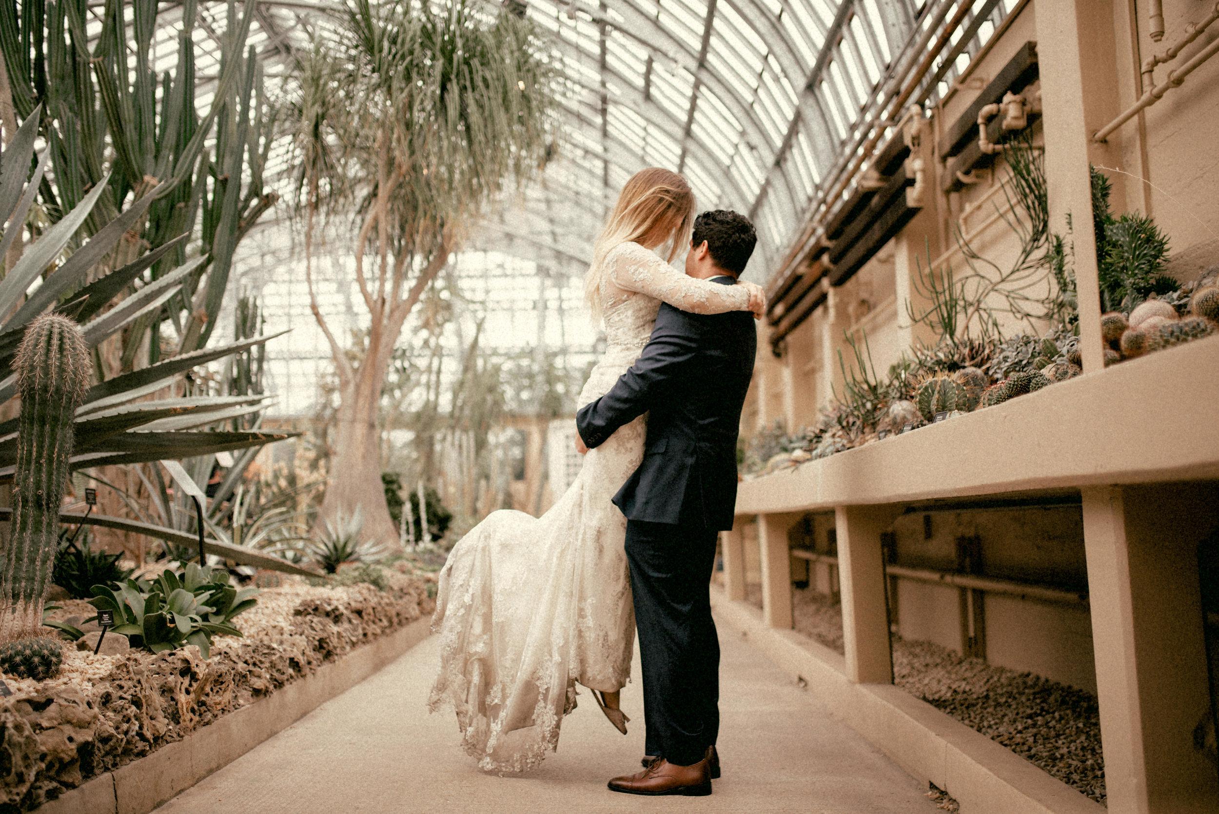 garfield park conservatory chicago wedding 32