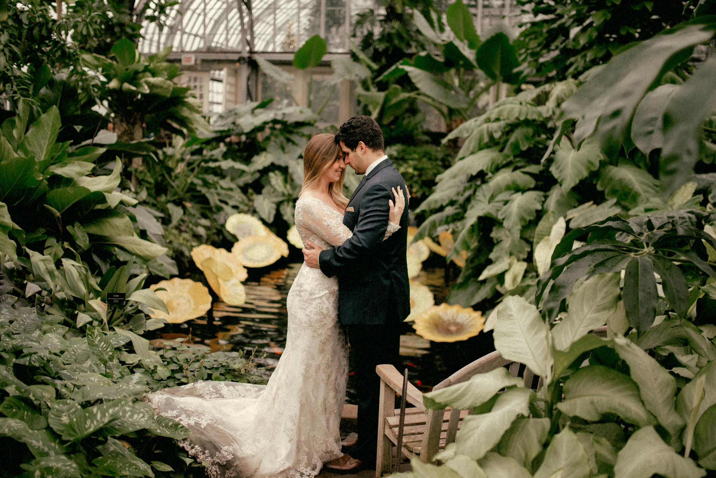garfield park conservatory chicago wedding 39