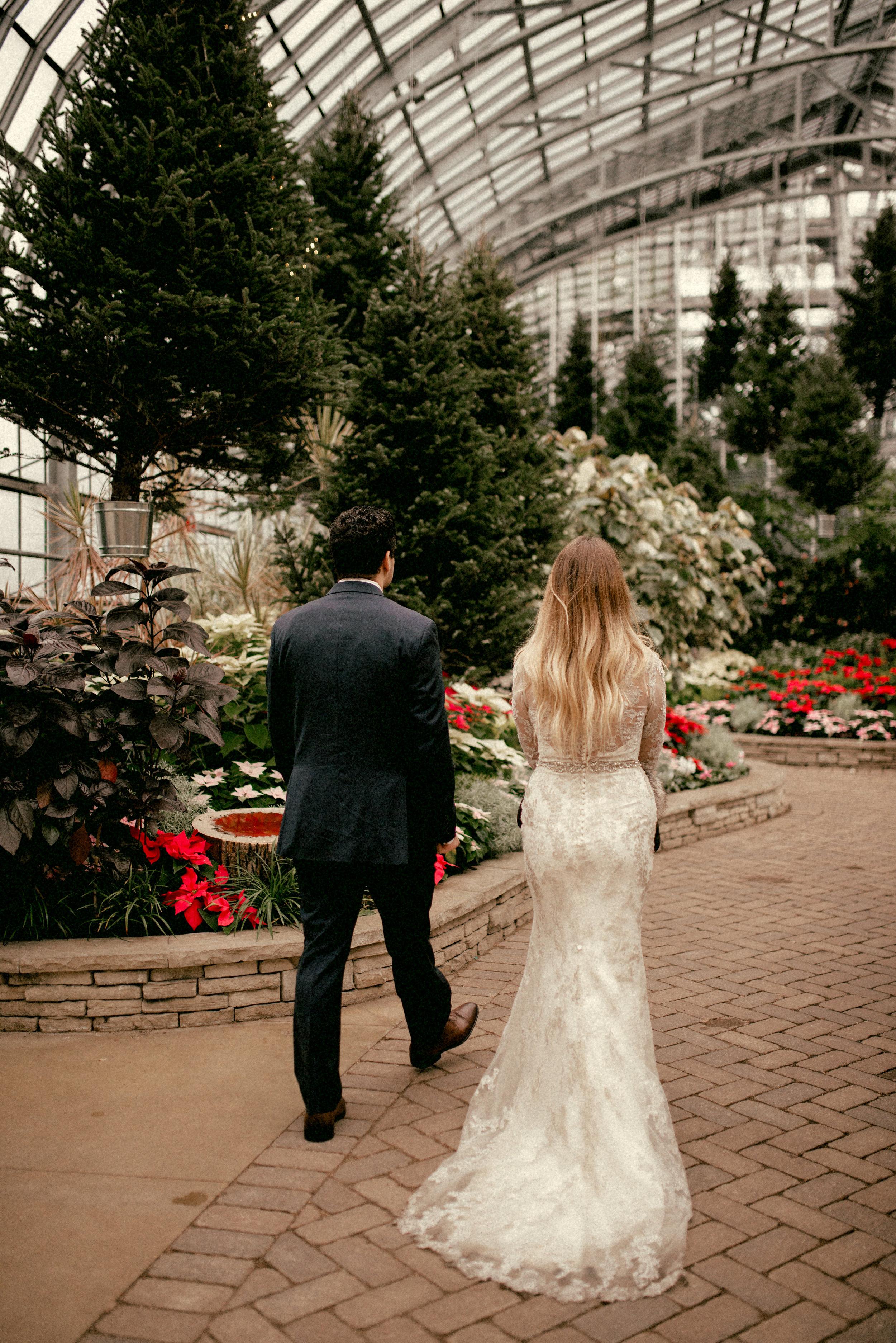 garfield park conservatory chicago wedding 43