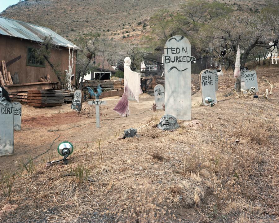 Halloween House [HIRES] [WEB] [NEWWEBSITE].jpg
