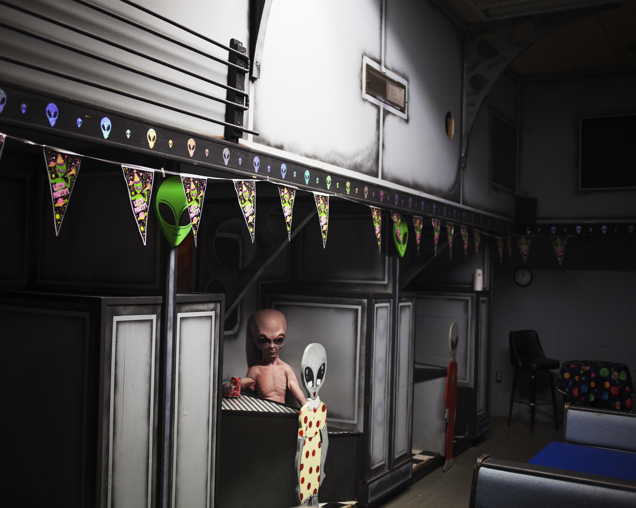 Alien Diner.jpg