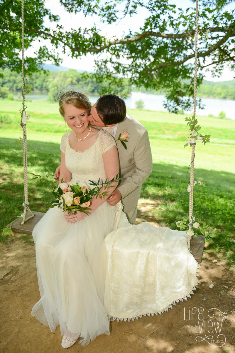 Tennessee-Riverplace-Wedding-6.jpg