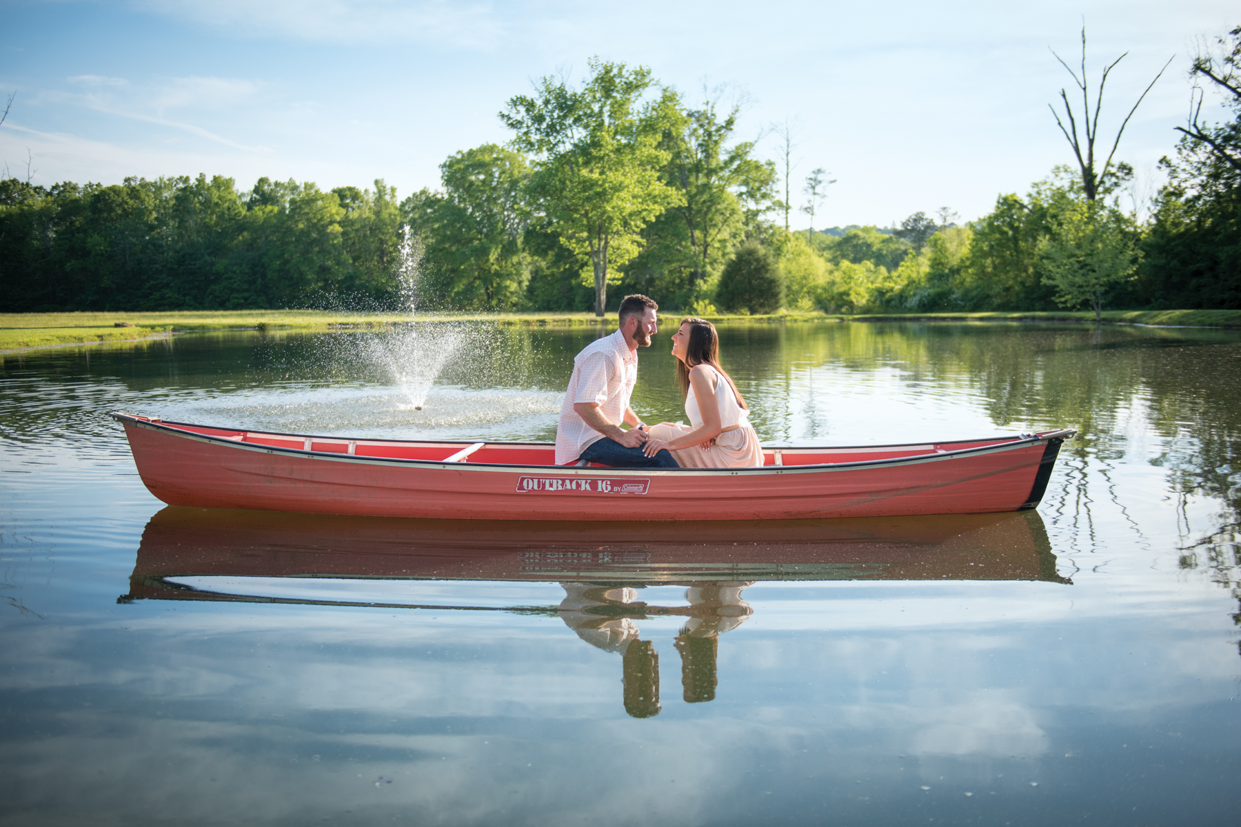 canoe, canoe engagement, boat engagement, chattanooga engagement, engagement session ideas, engagement session poses, chattanooga engagement photos, chattanooga engagement locations, Everlee farms, everlee farms chattanooga, engagement photography, engagement session, engagement phtotos,  chattanooga engagement photographer, chattanooga engagement, chattanooga wedding, chattanooga engagement session ideas, engagement session ideas