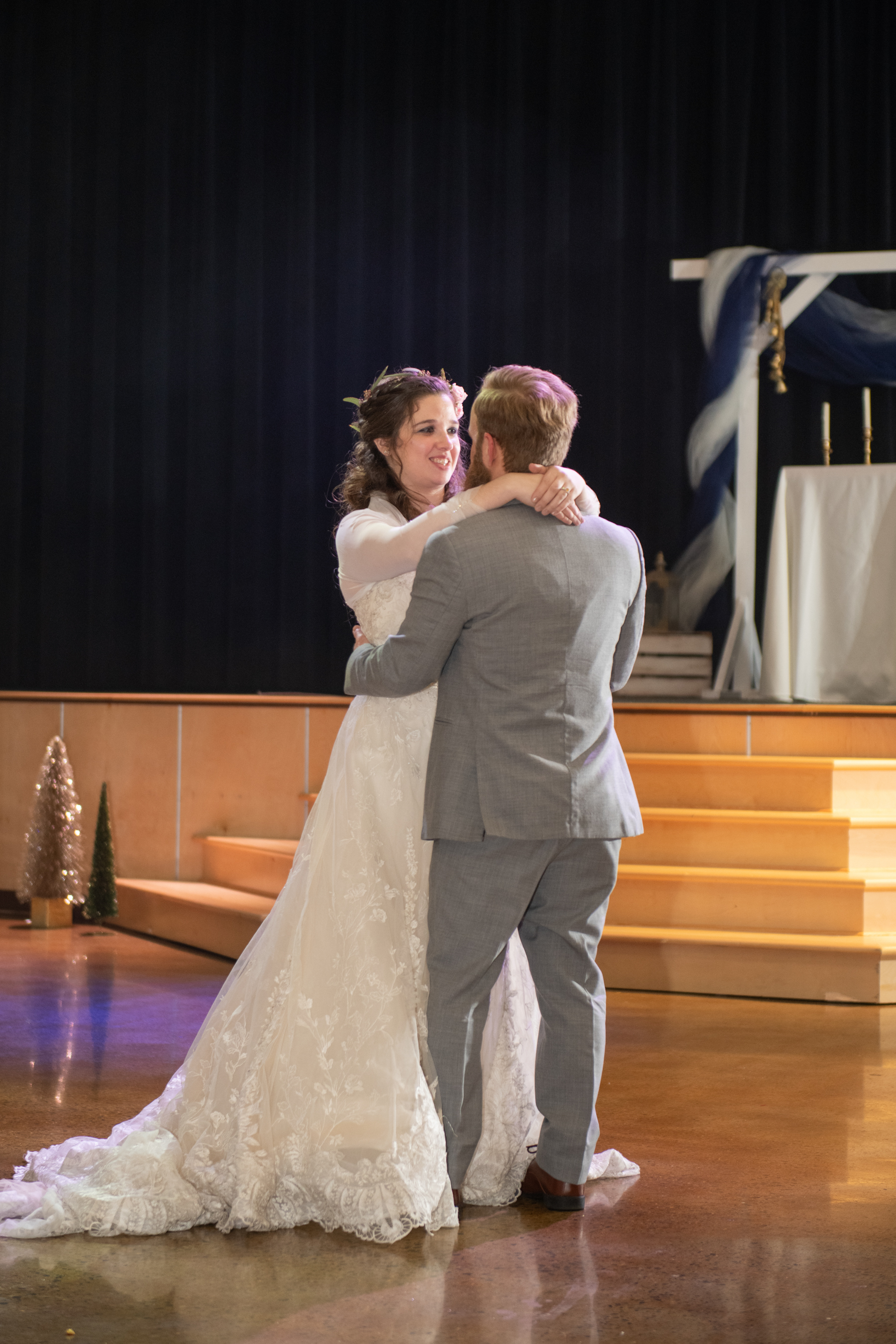 Calvary-Chapel-Chattanooga-Wedding-40.jpg