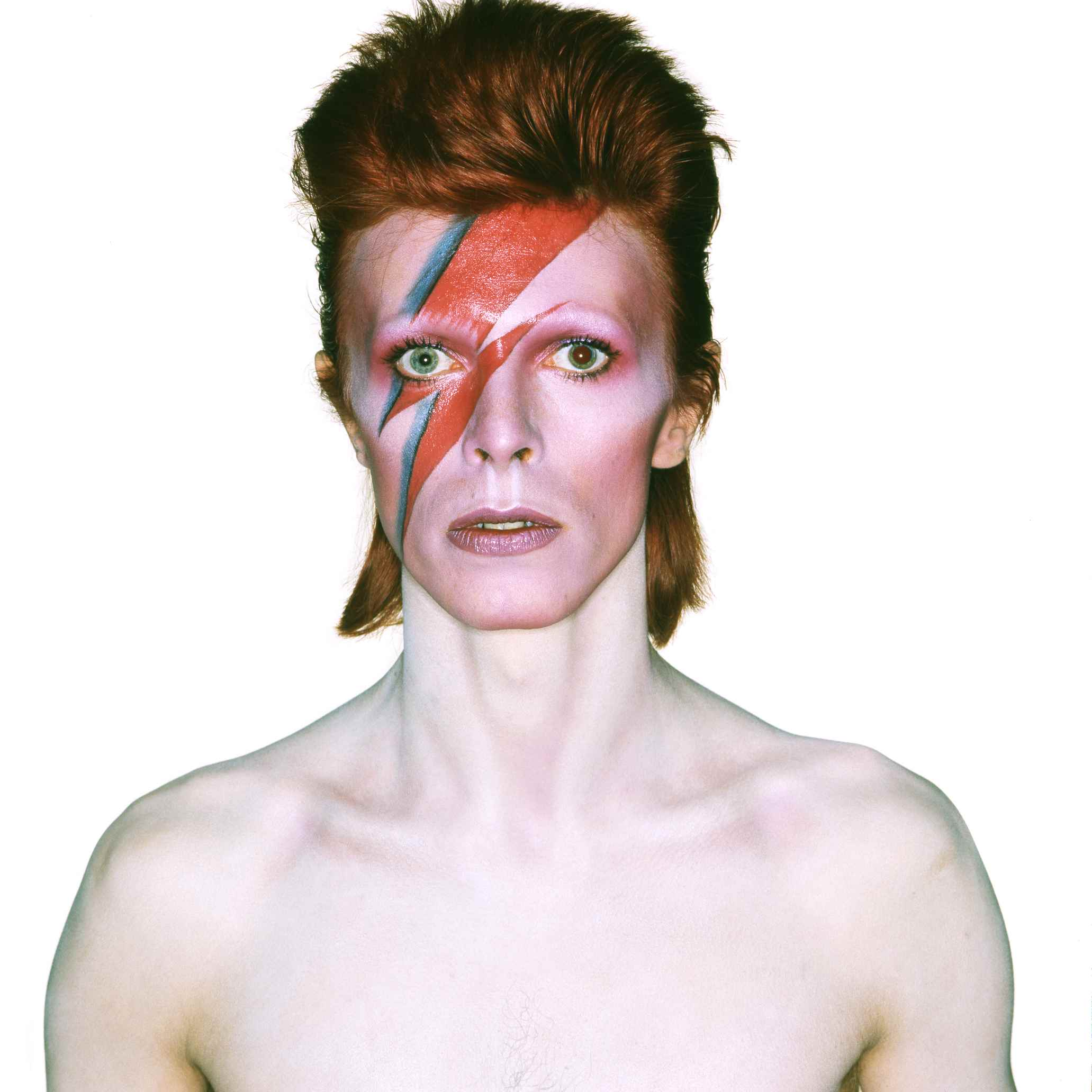 Album cover shoot for Aladdin Sane, 1973 | Design by Brian Duffy and Celia Philo, make up by Pierre La Roche | Photograph by Brian Duffy | © Duffy Archive