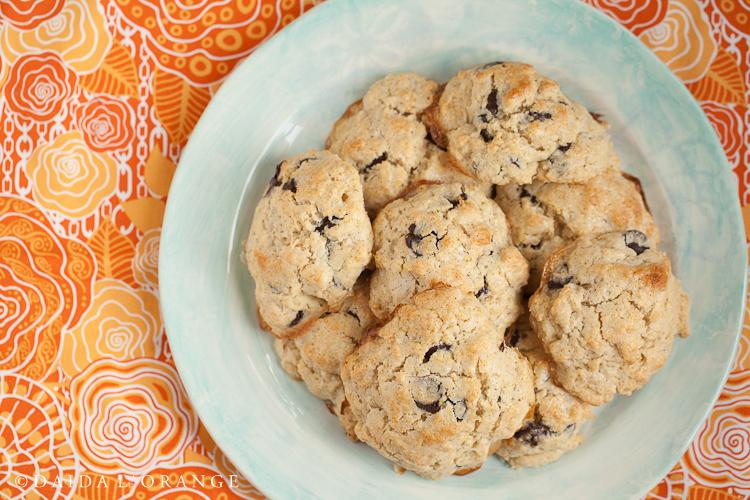 vanilla chocolate chip scones.jpg