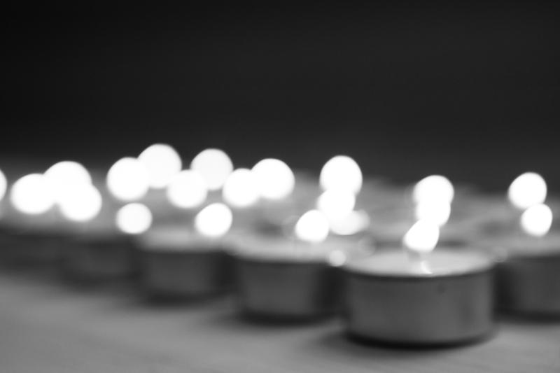 tealights blurred