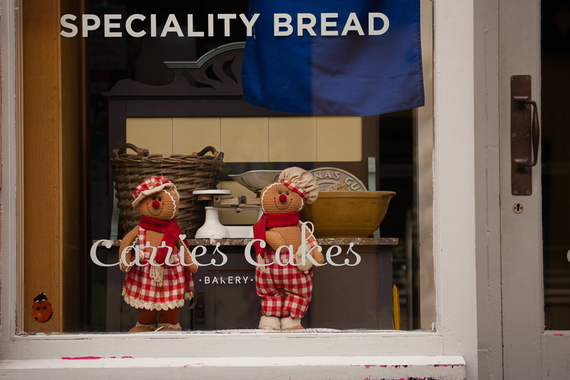 carries cakes