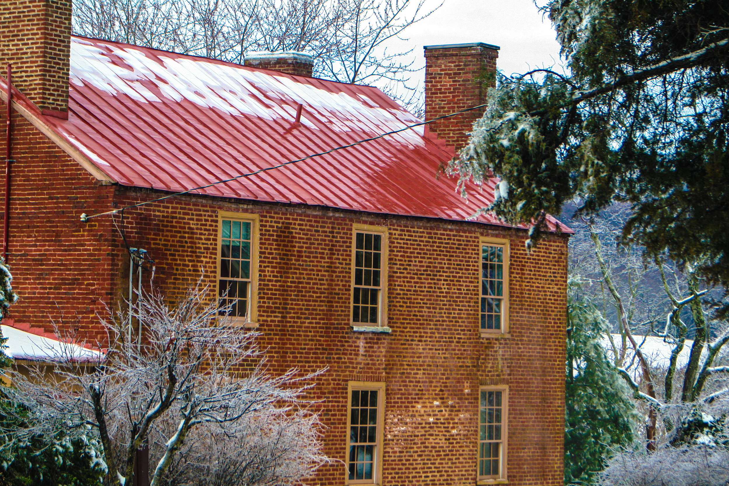 Icy frontal view of the Inn