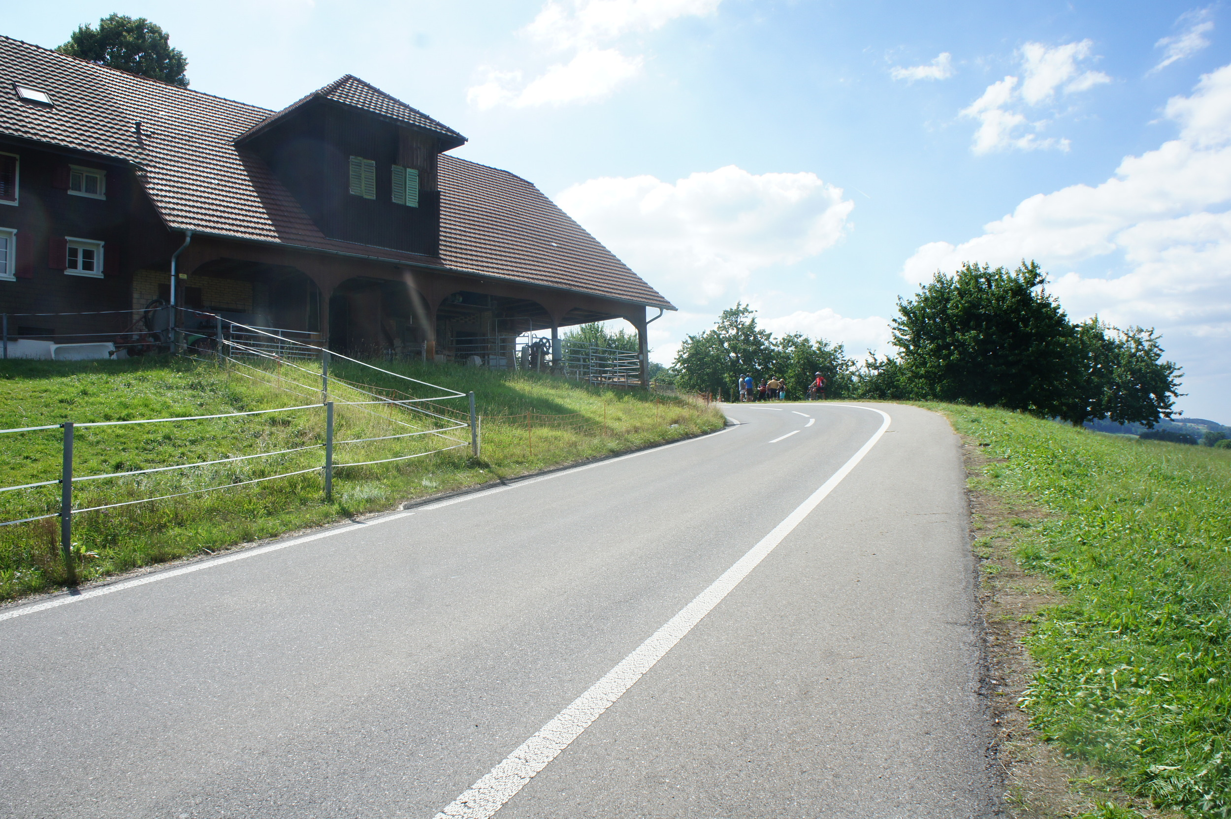 A blind corner on the long insane descent in Notwil, WUI for the UCI Road World Championships