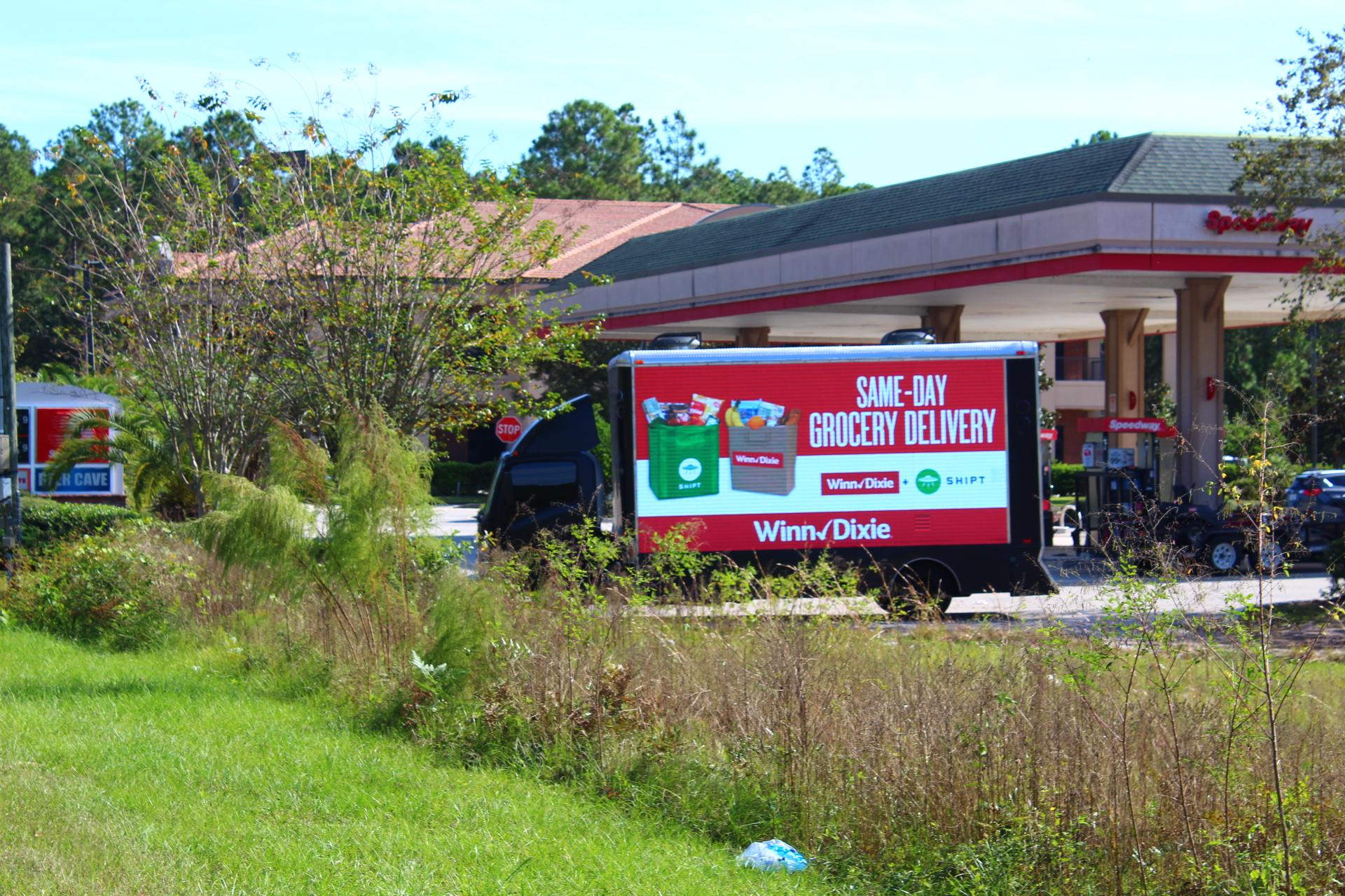 Mobile billboard truck Jacksonville; Digital billboard truck - Here is our Mobile LED truck in Jacksonville advertising a Winn-Dixie supermarket store.