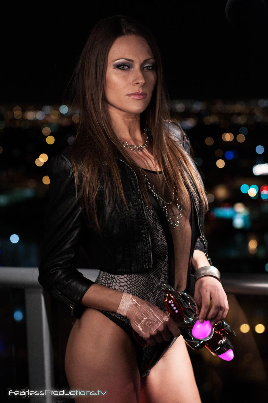 Model:  Jessica Wood