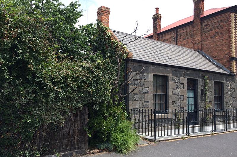 1850s-Fitzroy-Bluestone-Cottage-Extension-01.jpg