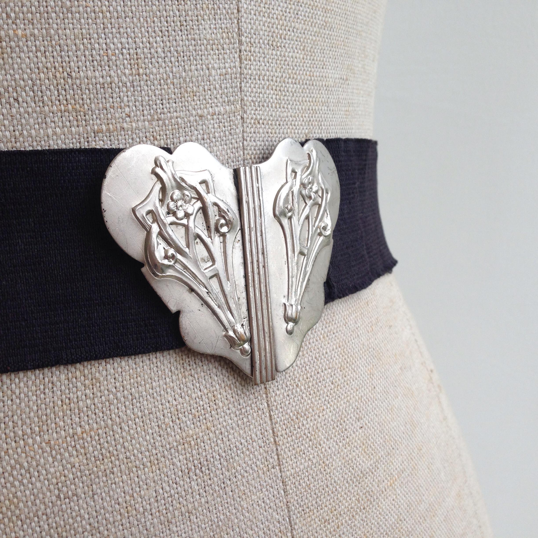 Late 1800's - early 1900's Art Nouveau belt