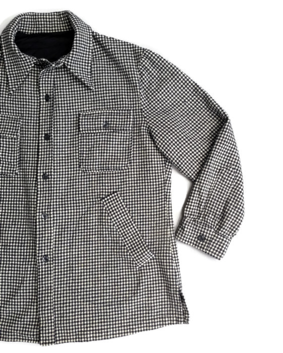 1960's Men's Wool Shirt in Black and White Houndstooth