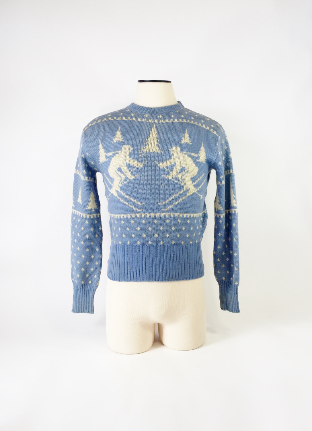 1940's ski sweater by Jersild. Normally worn with high waisted pant.