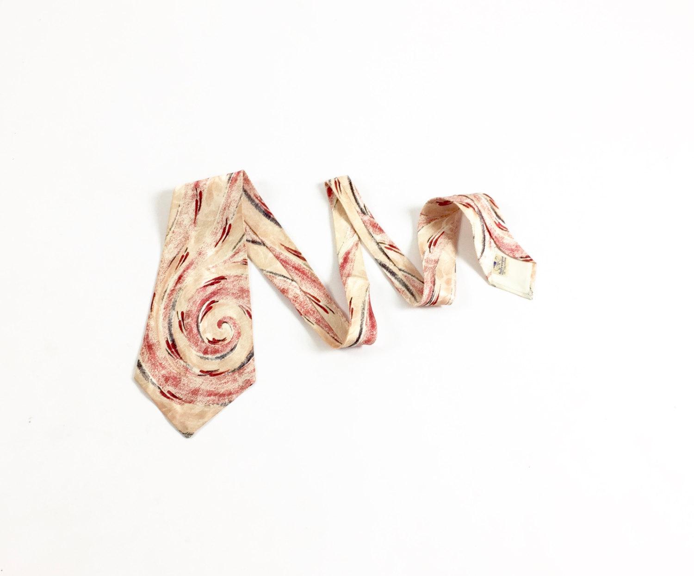 1940's Silk Necktie - Love the swirl