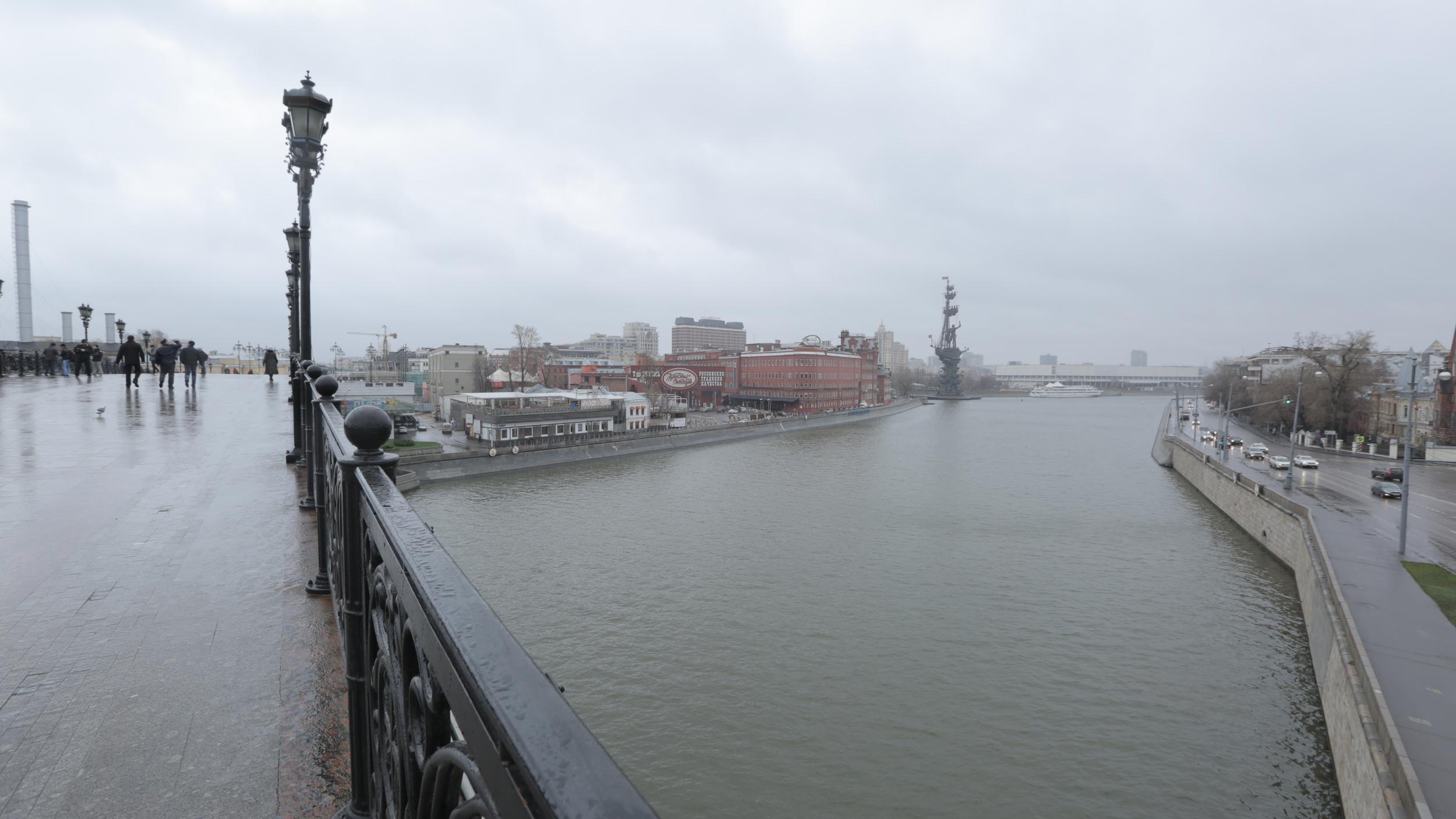 Патриарший мост в Москве