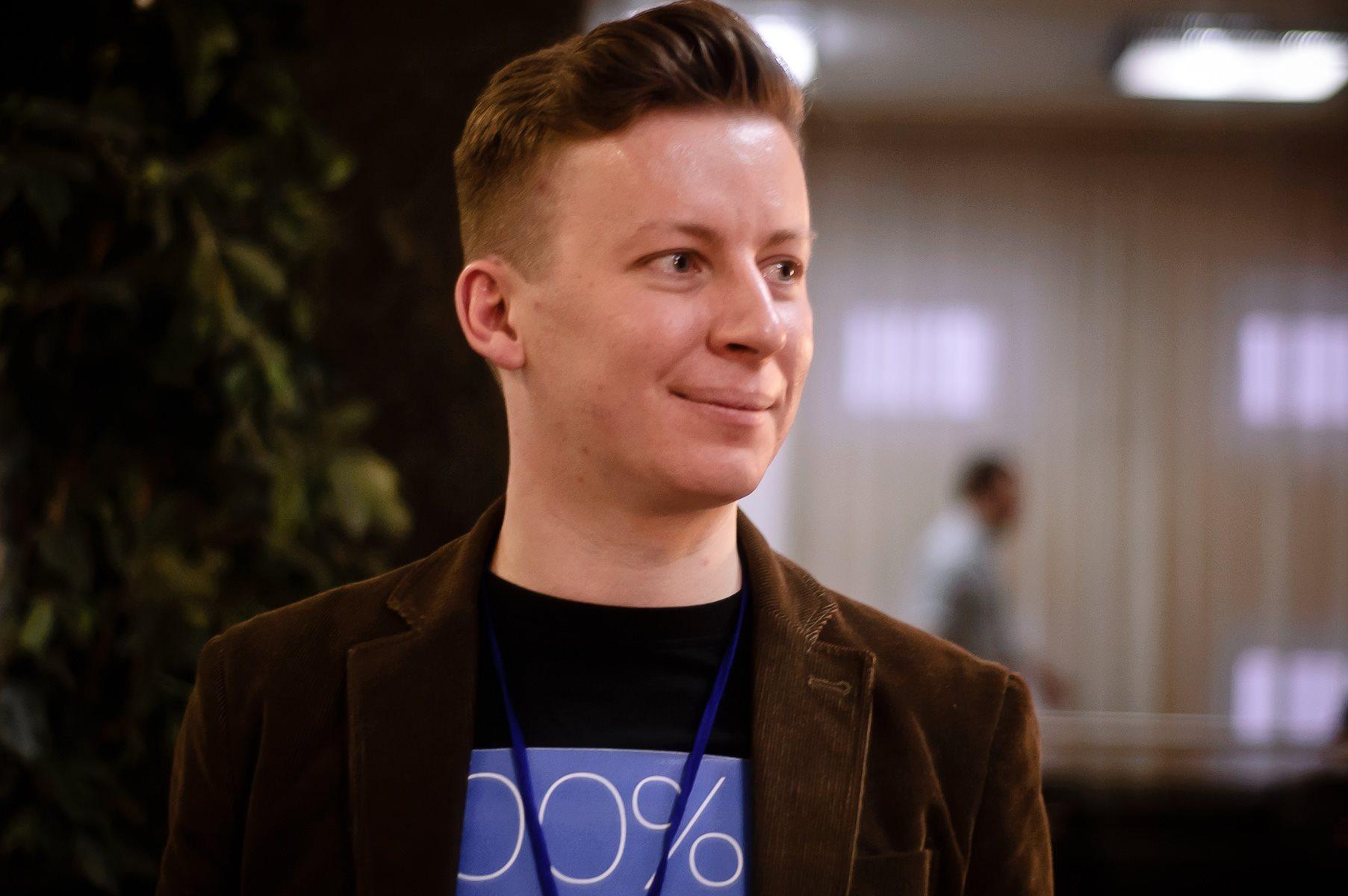 Юрий Ветров