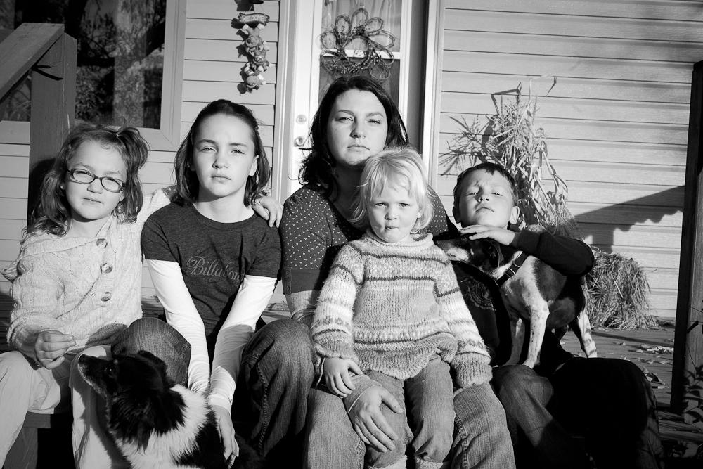 exhibit 34_motherhood_November 03, 2008_20081103_web.jpg