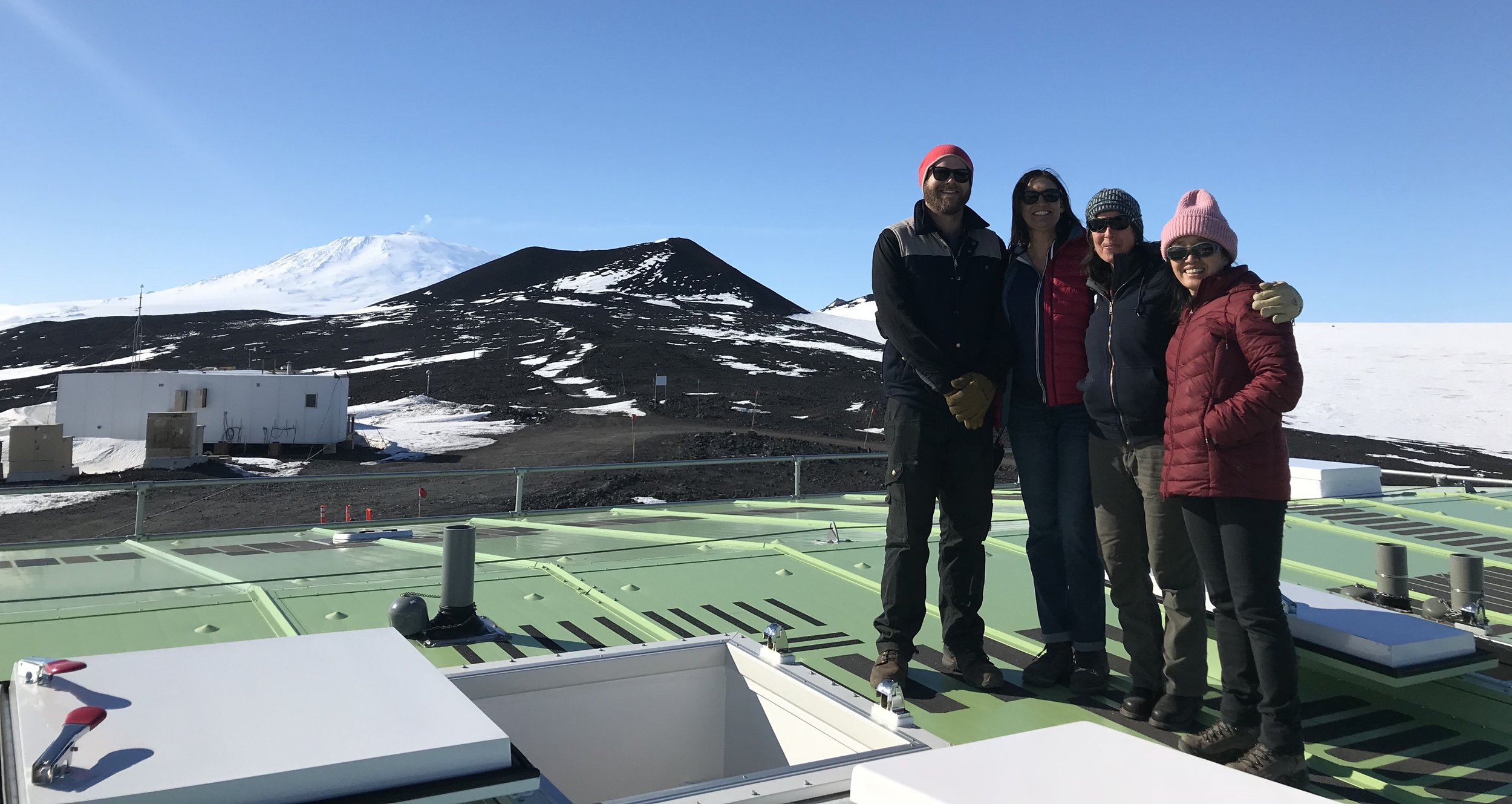 Visiting  Dr. Chu's research station  at Arrival Heights, Mt. Erebus in the way back.