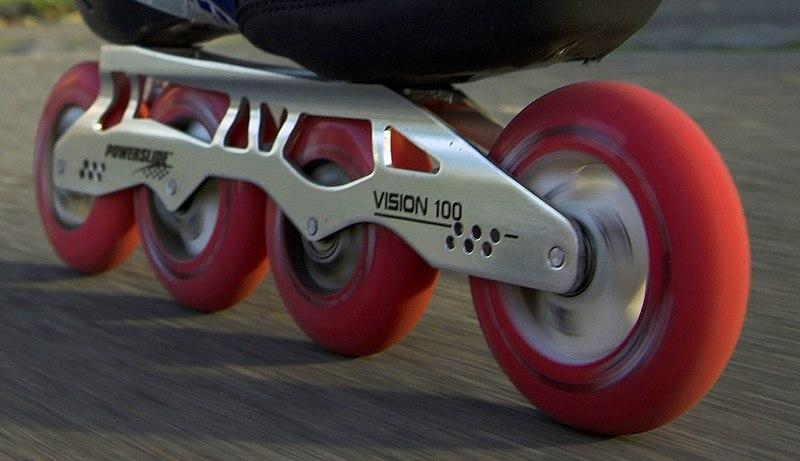 800px-Inline_skate_wheels.jpg