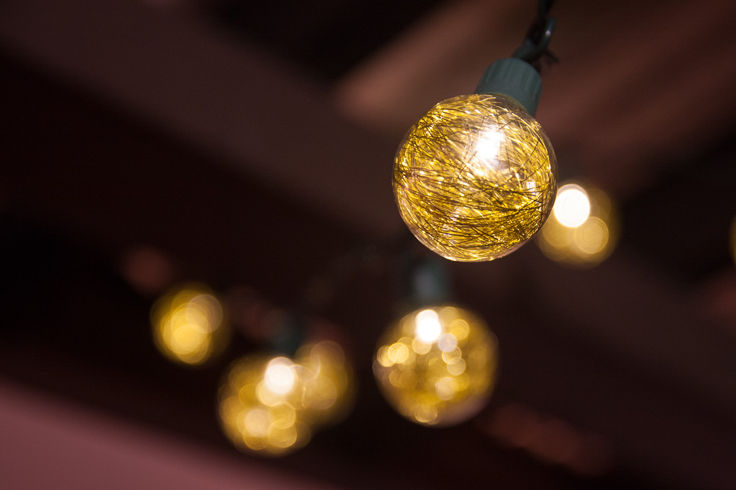 yellow twinkle lights