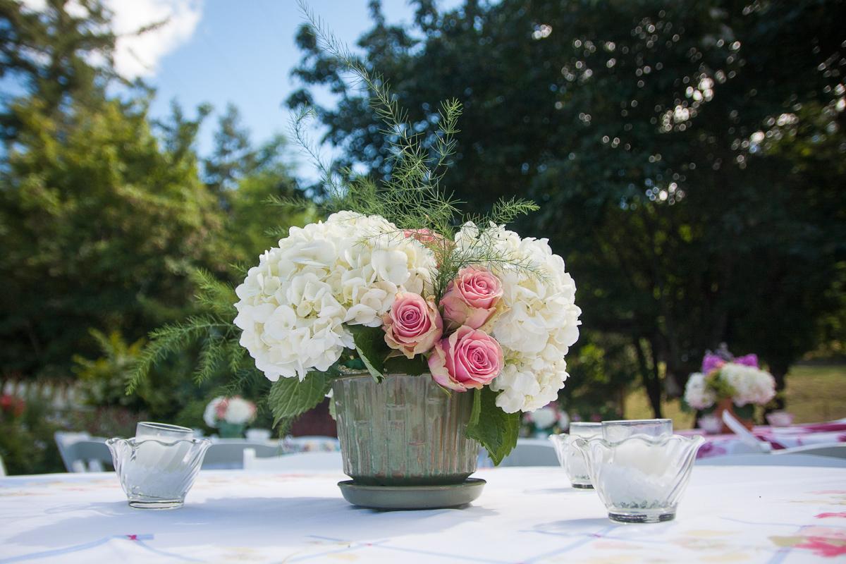 vintage tablecloth wedding