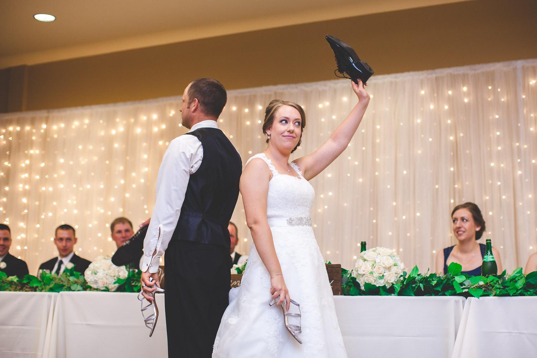 wedding reception shoe game