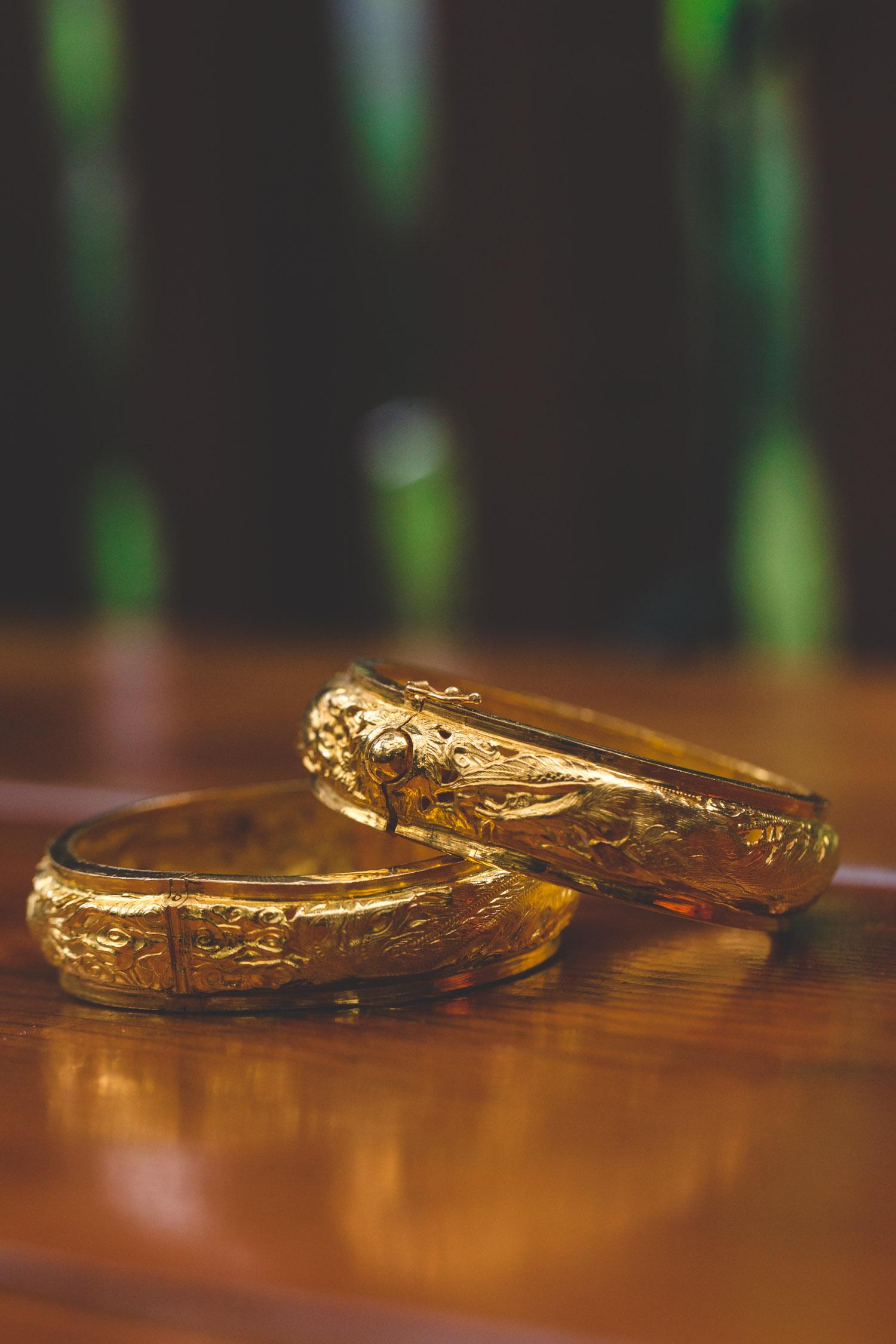 elaborate gold bracelets