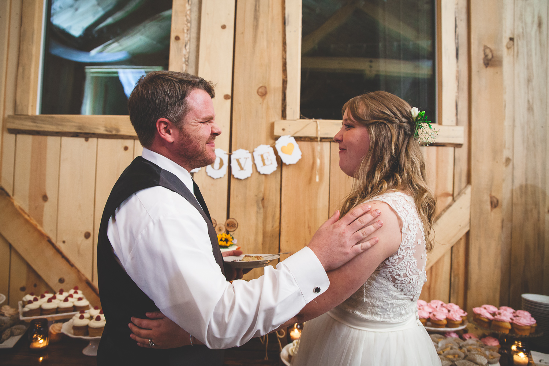 hurst ranch jamestown california barn wedding