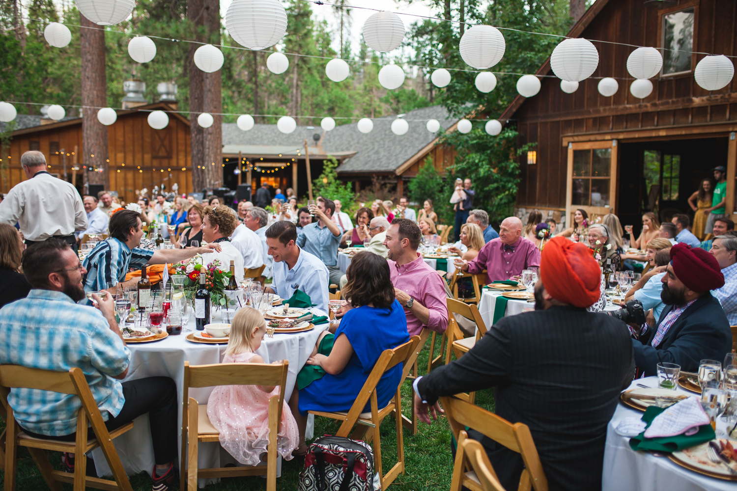 evergreen lodge yosemite reception.jpg
