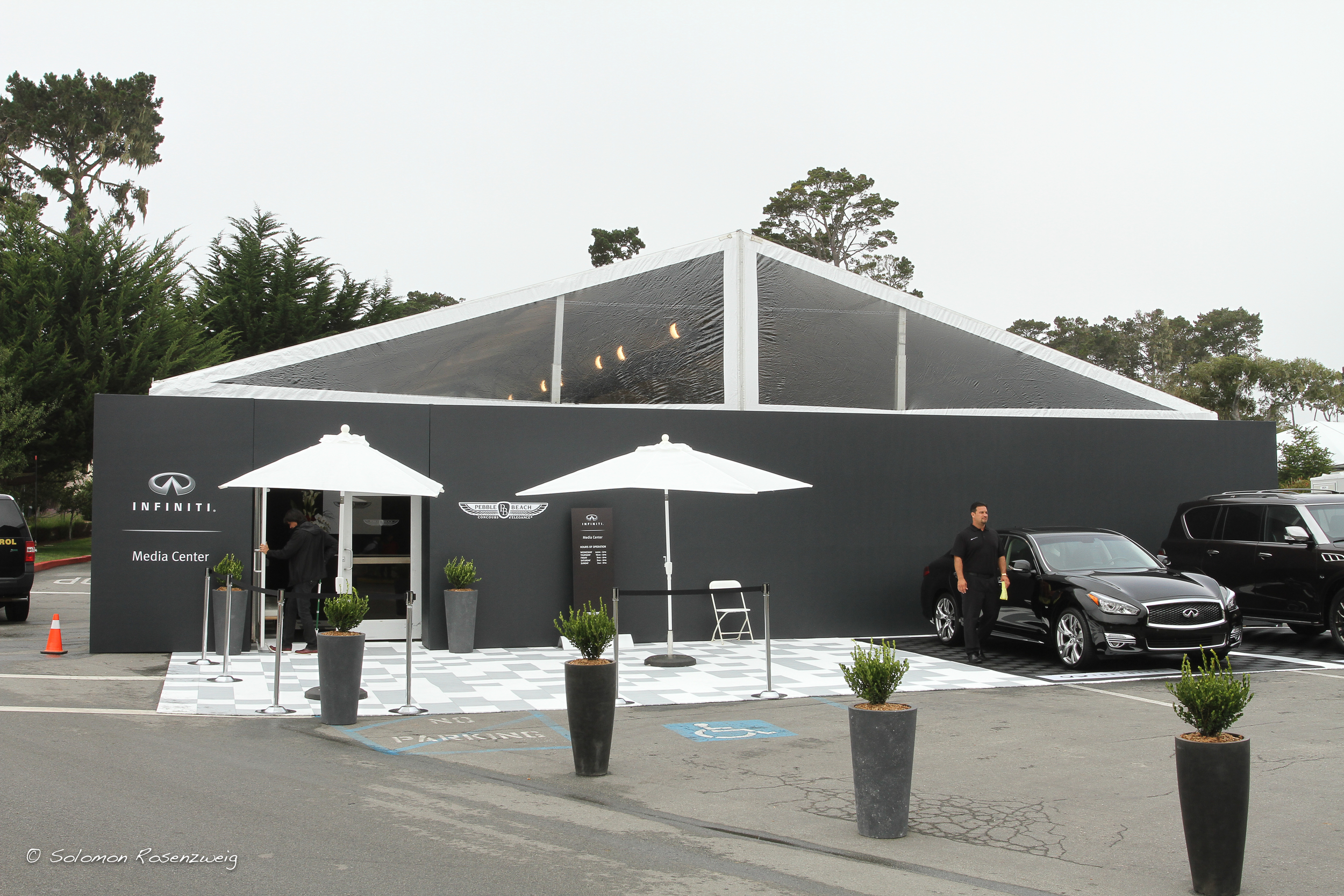 The Infiniti Media Tent with seamless wrapped hardwalls
