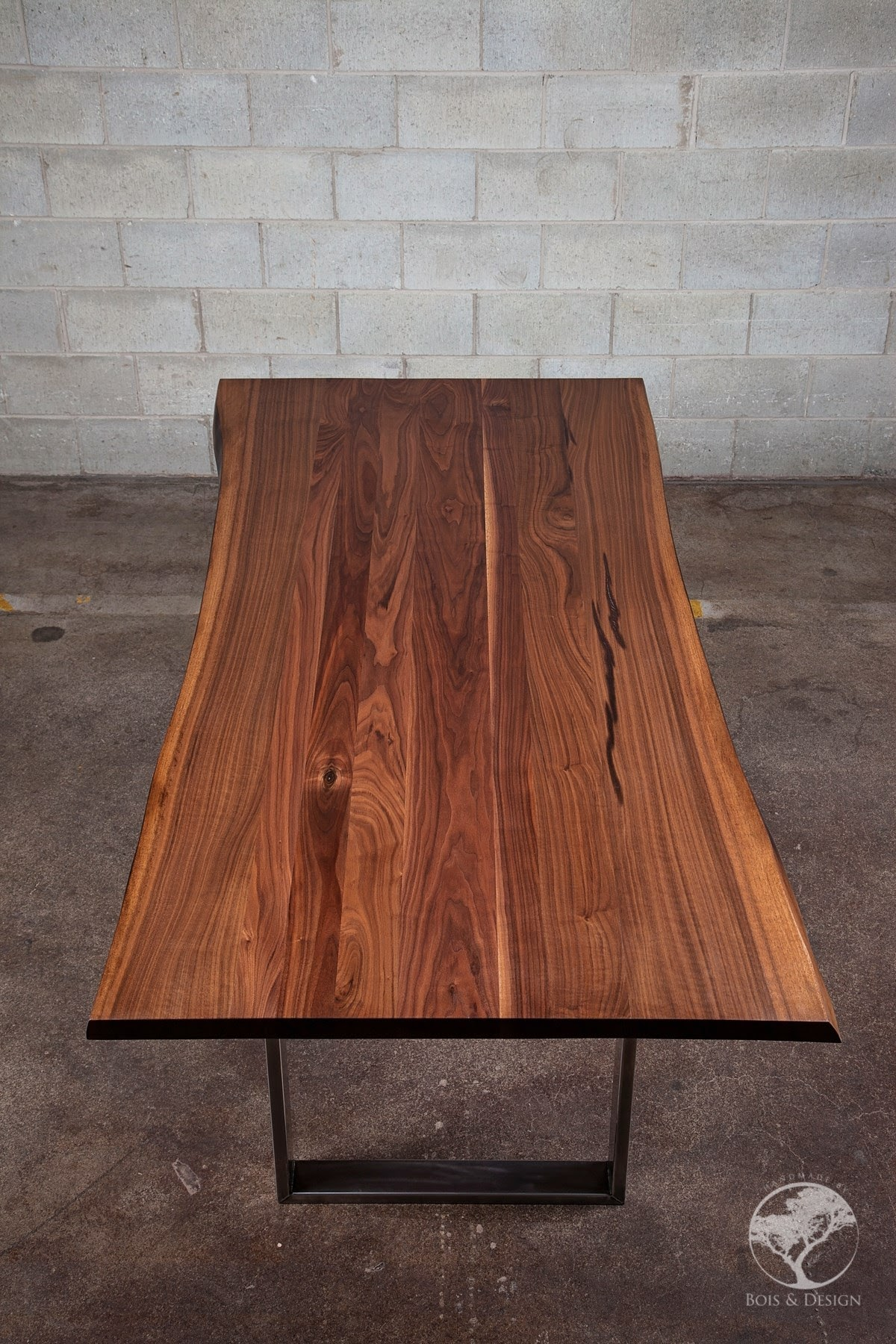 diverso dining table 6.jpg