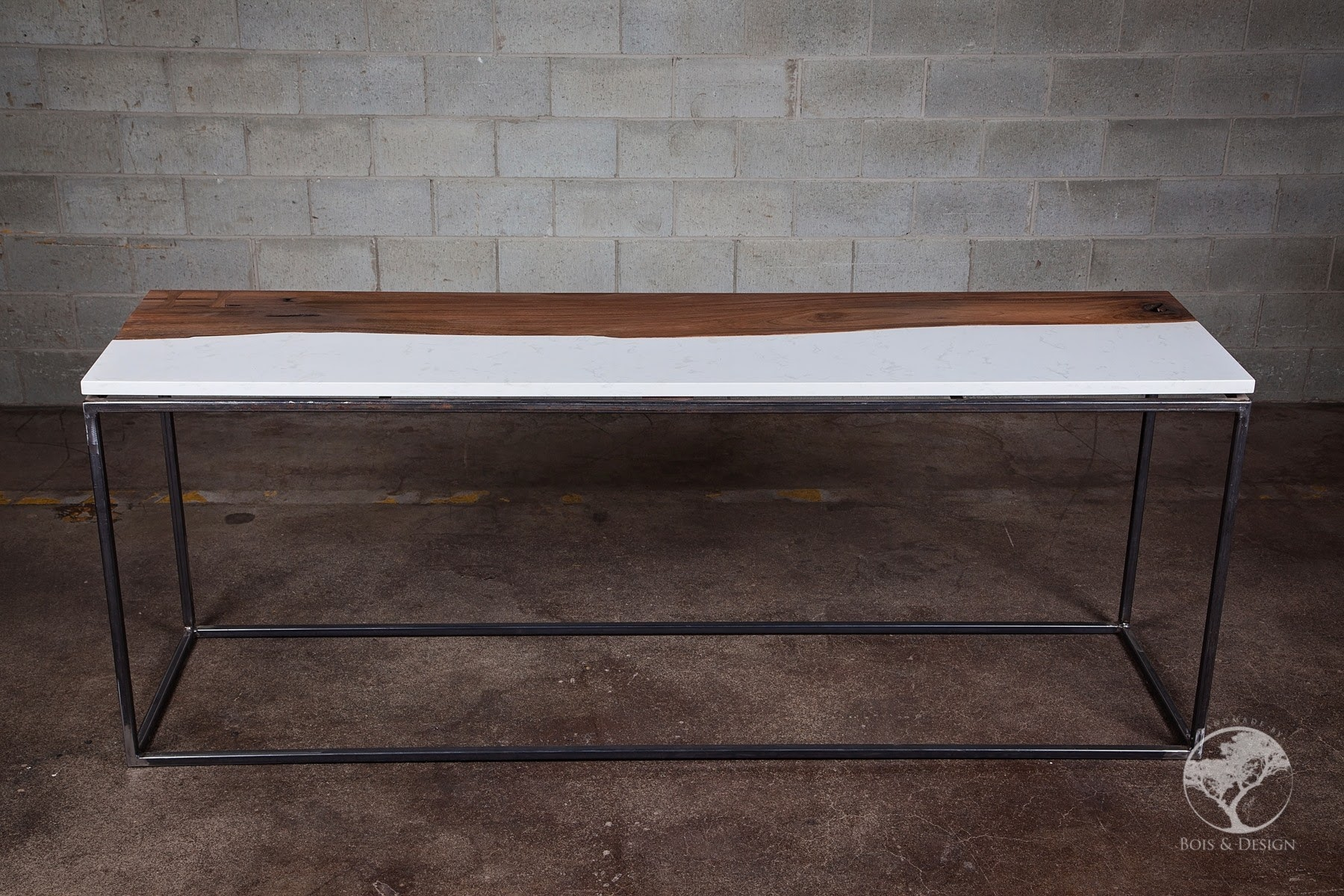 Central live edge black walnut / quartz cambria console