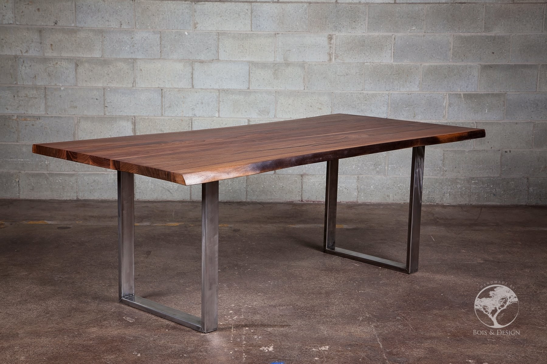 Diverso - Live edge black walnut dining table
