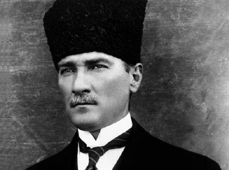 Ataturk-5c6e1105c9e77c00018ccb0d.jpg